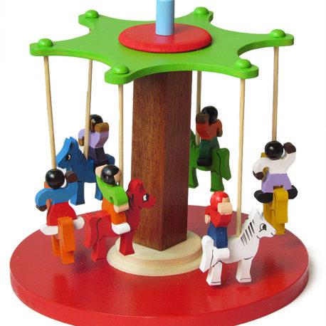 brinquedo-carrossel-de-madeira